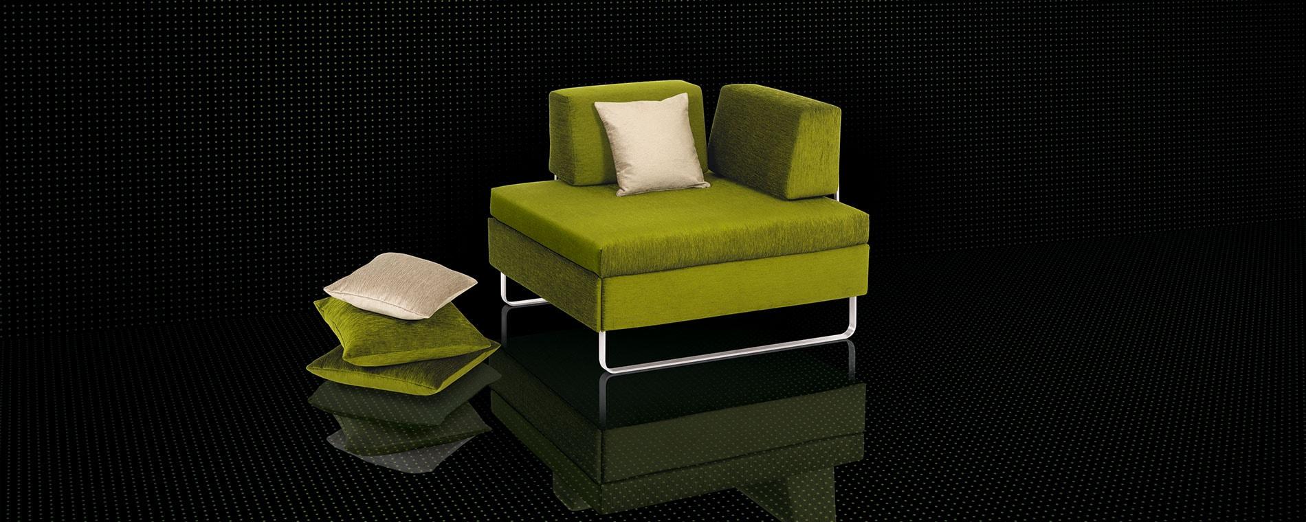 Der kompakte BED for LIVING Schlafhocker wird zum Einzelbett.